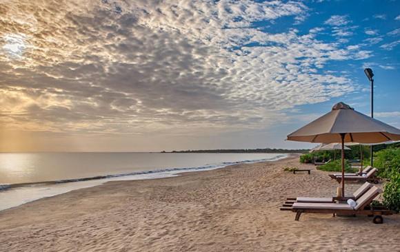 Uga Jungle Beach  ****