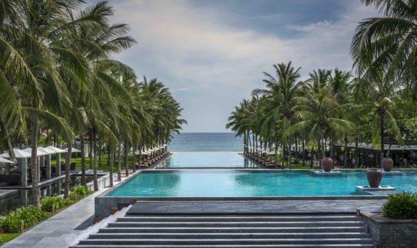 Four Seasons Resort The Nam Hai *****