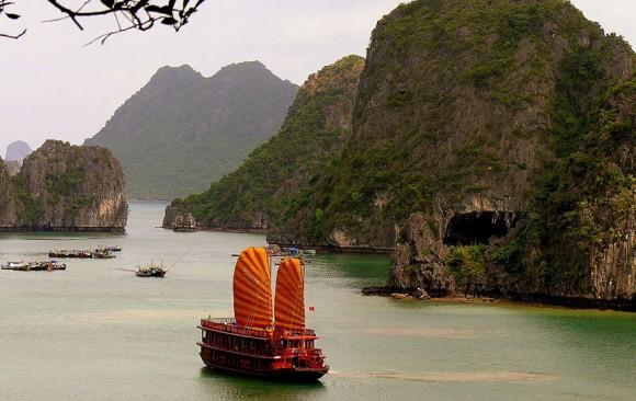 Cruise Halong