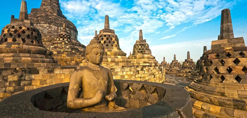 Viajes a Medida por Indonesia, viajes al sudesete asiático, viajar a borobudur
